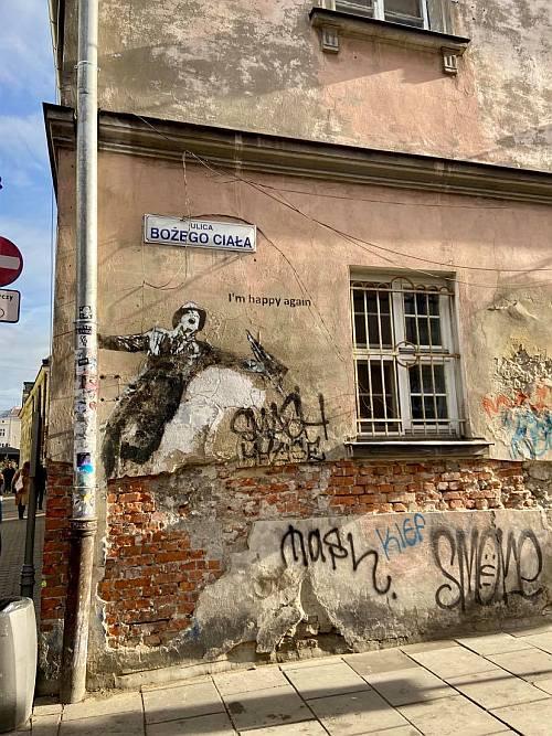 A zsidó negyed fantasztikus falfirkákkal, falfestményekkel van tele