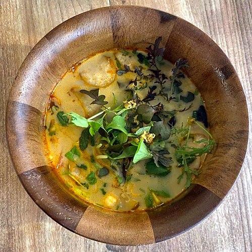 Vörös currys kacsaleves